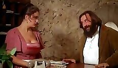 Busty brunette Isis Skye fingers her tight hole and rubs her hot lips