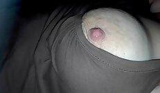 expose my moms huge nipples sleeping no bra