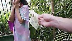 Britney Cash Outdoors Get Bukkake